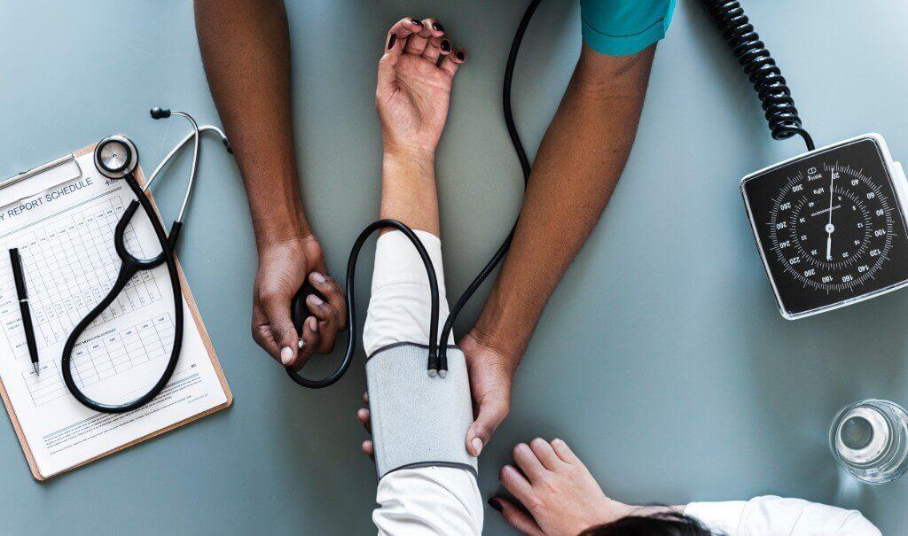 Doc24, sundhedsforsikring, sundhed, raske medarbejdere, Bizz Up