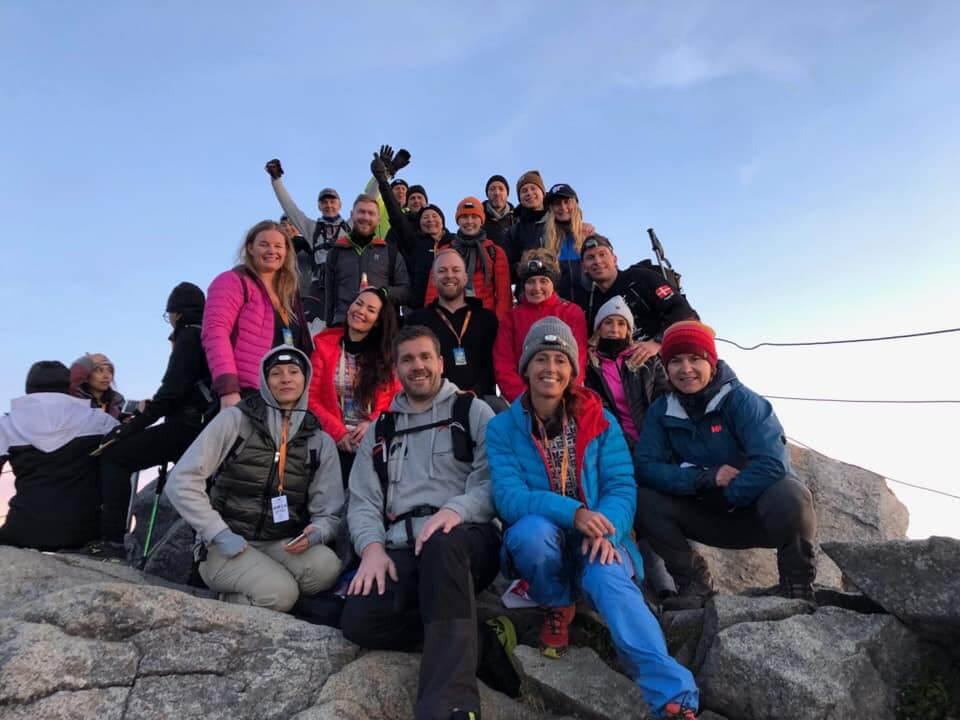 Velgørenhed, Climb for Charity, Majbritt Mikkelsen, Legeheltene, Bizz Up