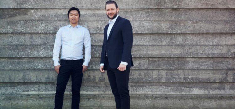 Iværksætter solgte bureau for tocifret millionbeløb: Nu er han i gang igen