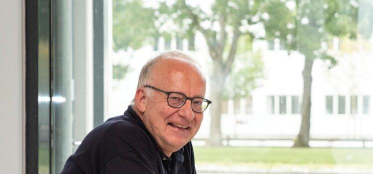 Netværkeren: Menneskeudvikleren, Oluf C. Lund